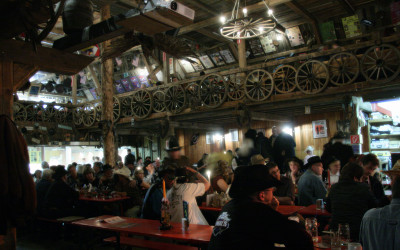 Western-Atmosphäre im Ghost City Saloon